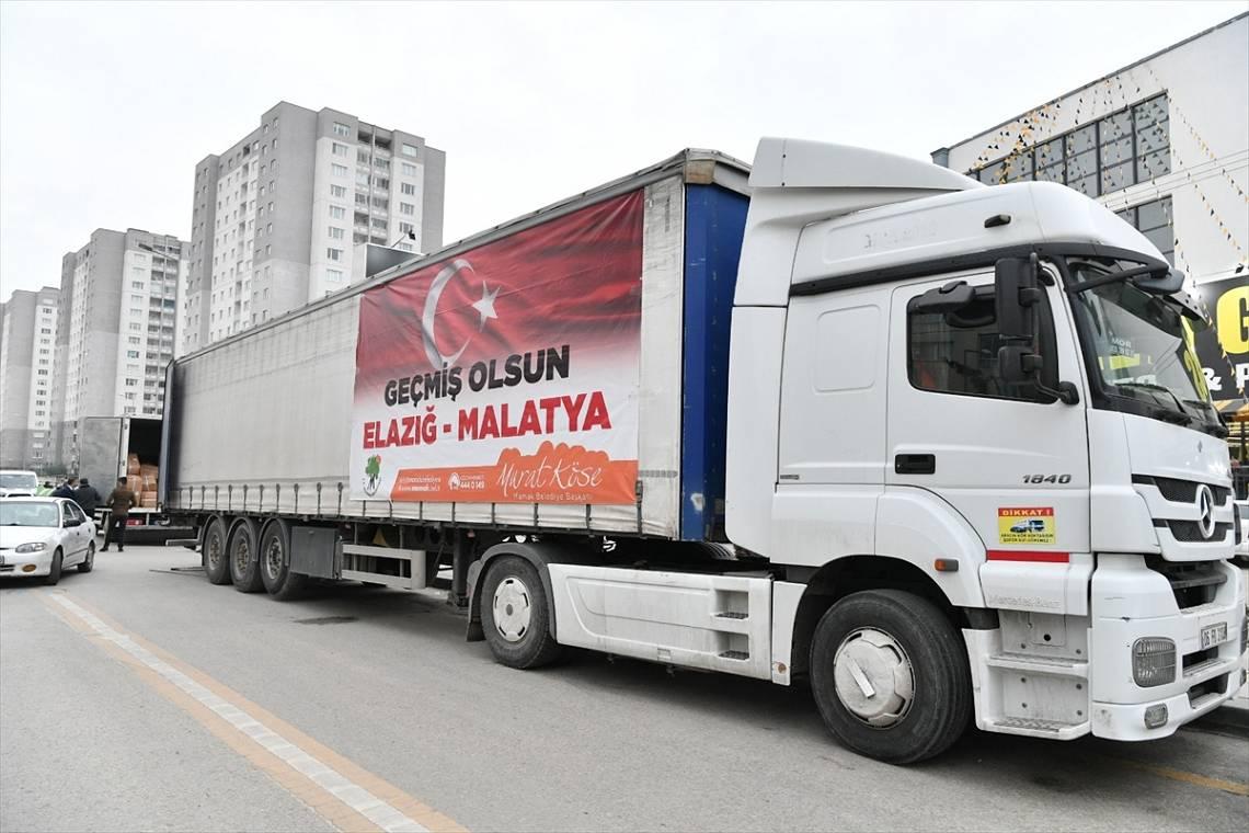 Ankara'dan depremzedelere yardım tırları gönderildi