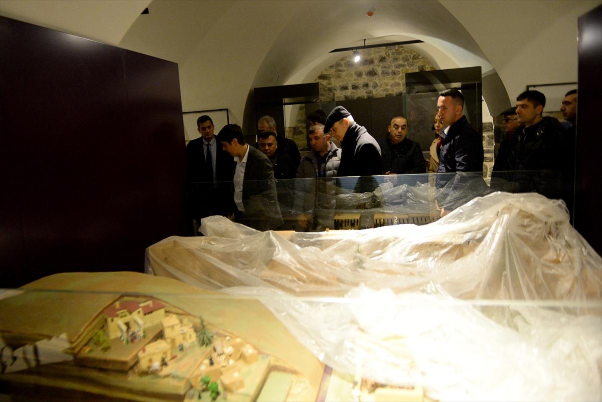 Eski Genelkurmay Başkanı Başbuğ Kilis'te tarihi mekanları gezdi