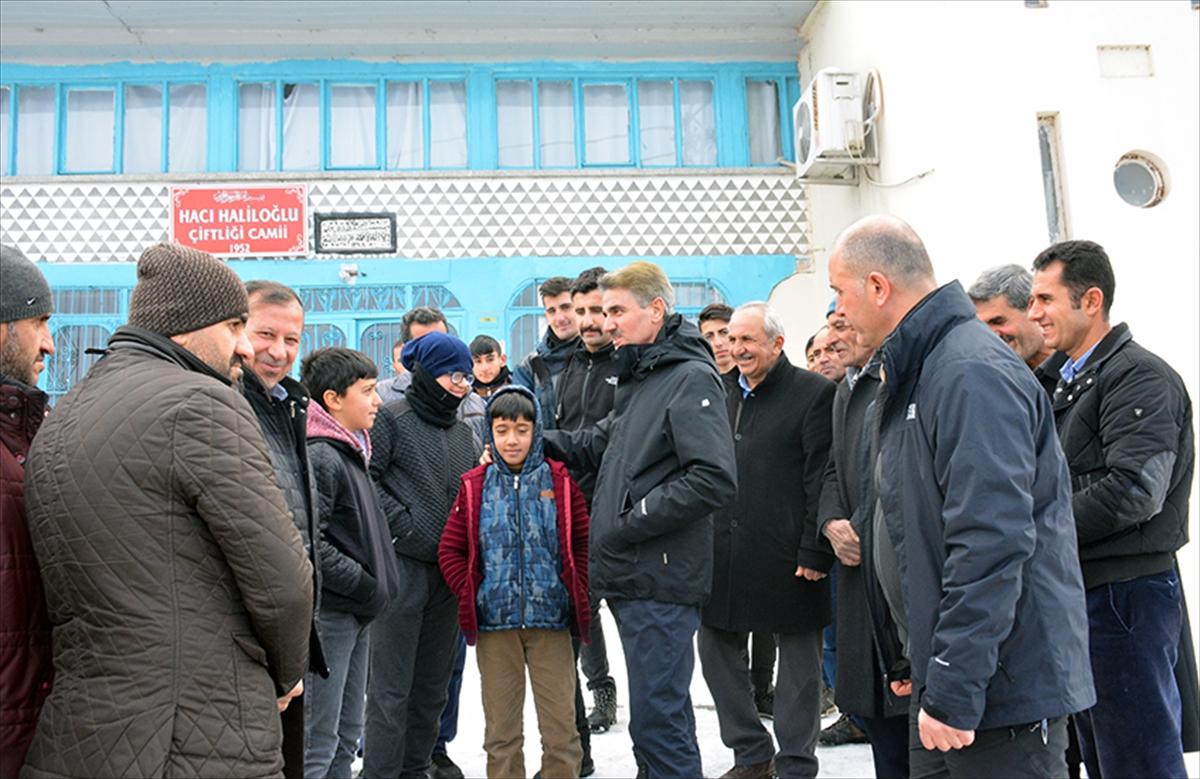 Malatya Valisi Baruş, depremden etkilenen mahallelerde inceleme yaptı