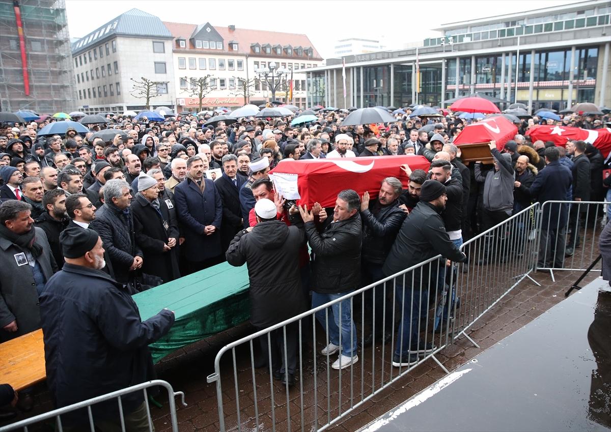 Hanau'daki Irkçı terör saldırısında hayatını kaybeden 'Sedat, Gökhan ve Fatih'e son görev