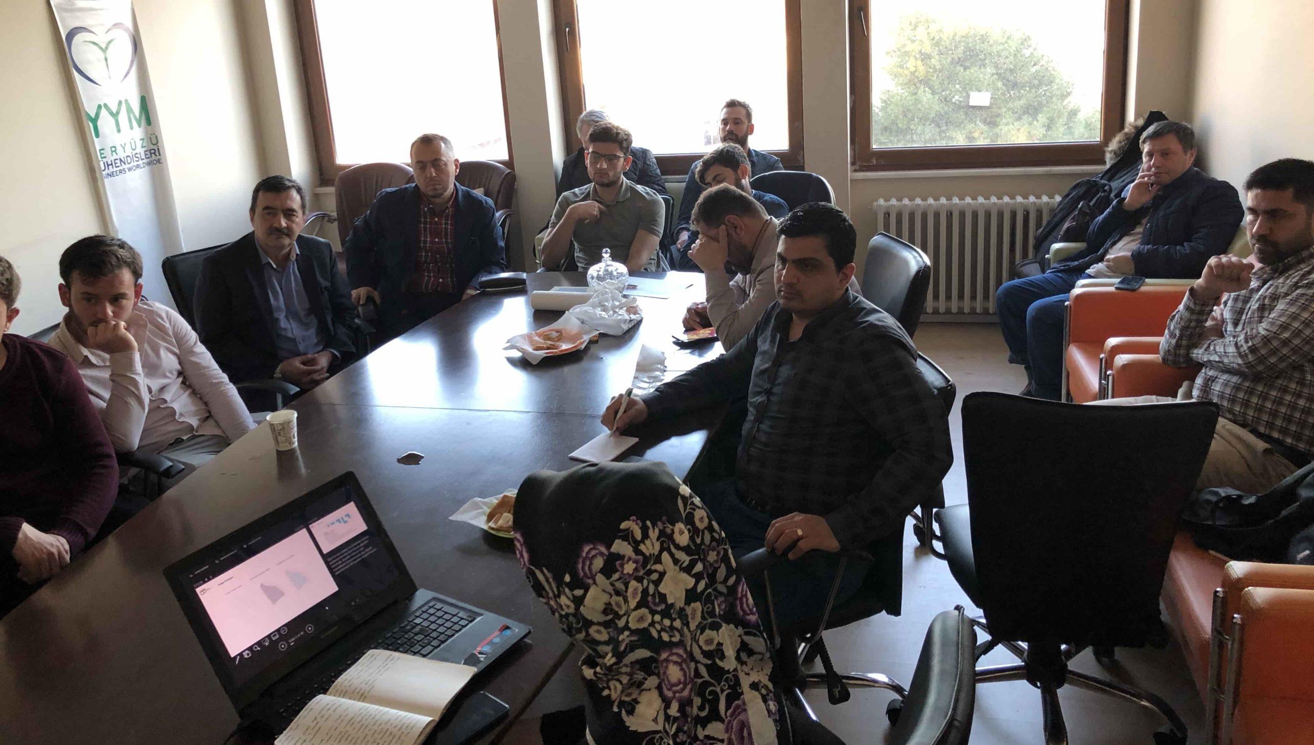YYM Eğitim Atölyesi'nde Mimarı Zeynep Nur Şahbaz projeyi anlattı