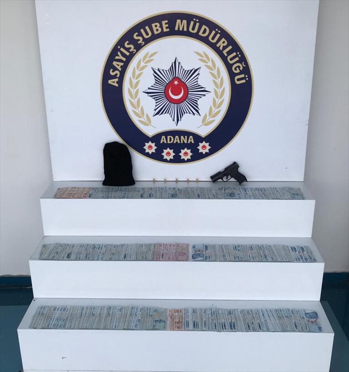 Adana'da silahlı soygunla ilgili 4 şüpheliden 3'ü tutuklandı