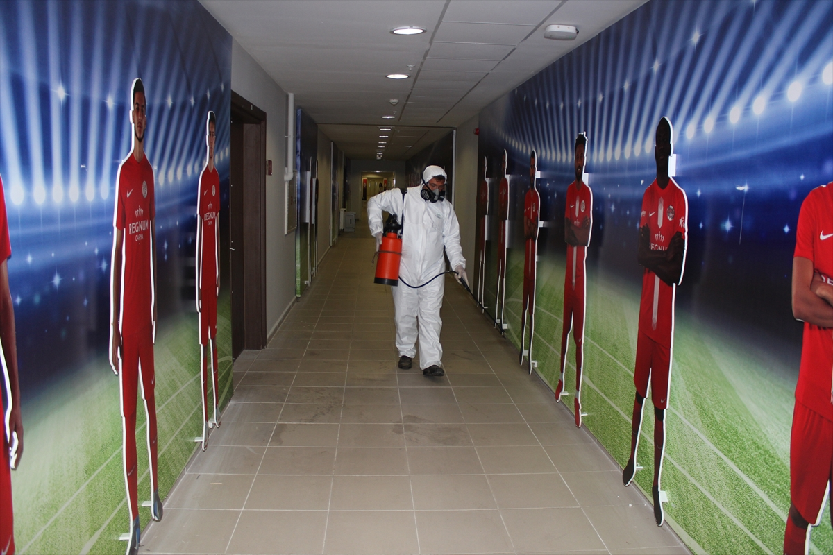 Antalya Stadı, maç öncesinde dezenfekte edildi