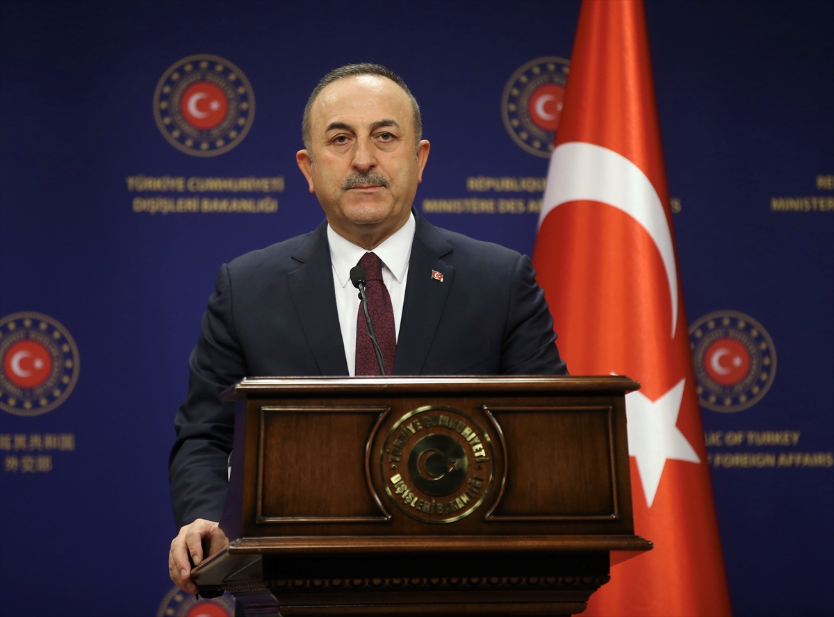 'Ayasofya Türkiye'nin mülküdür!..'