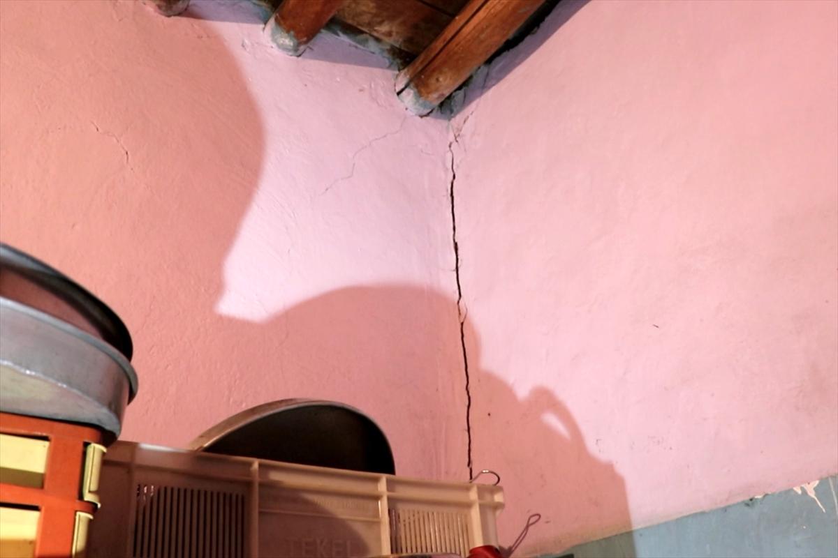 Elazığ'da meydana gelen 5 büyüklüğündeki deprem