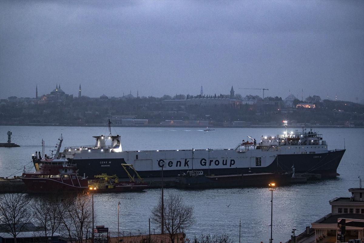 Koronavirüs karantina taahhüdünü kabul eden Avrupa'daki tır şoförleri deniz yoluyla yurda dönüyor