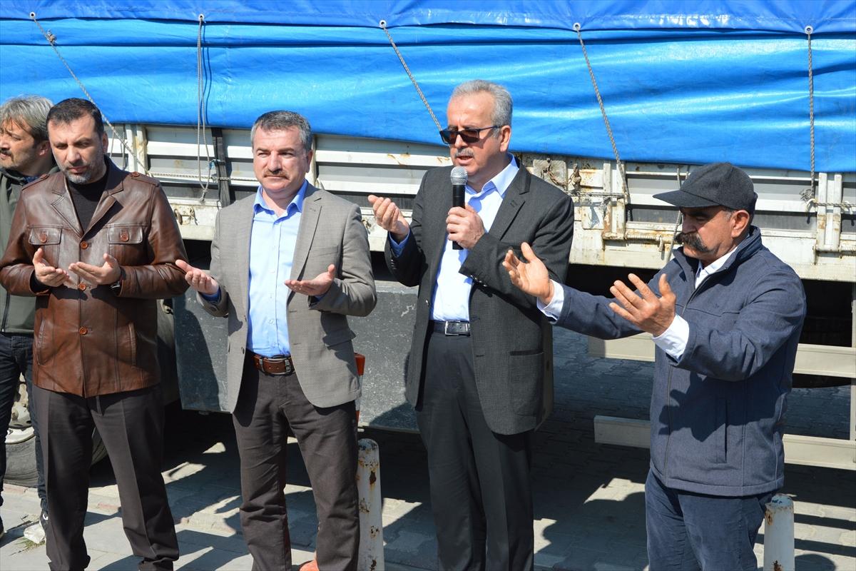 Samsun'dan İdlib'e 2 tır un yardımı