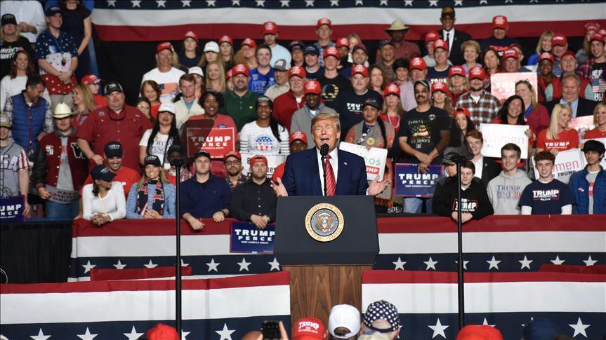 ANALYSE (Deu/Eng.)- Virusschlag gegen Trumps Wahlpläne