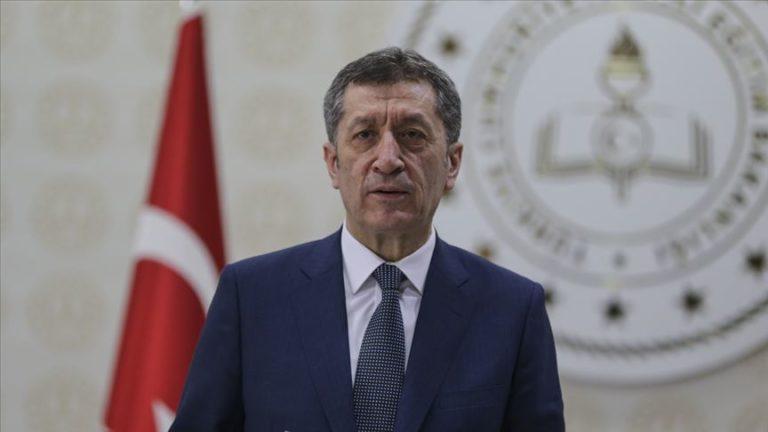 Milli Eğitim Bakanı Selçuk: Normalleşme süreci beklendiği şekilde devam ederse okulları 1 Haziran'da açarız