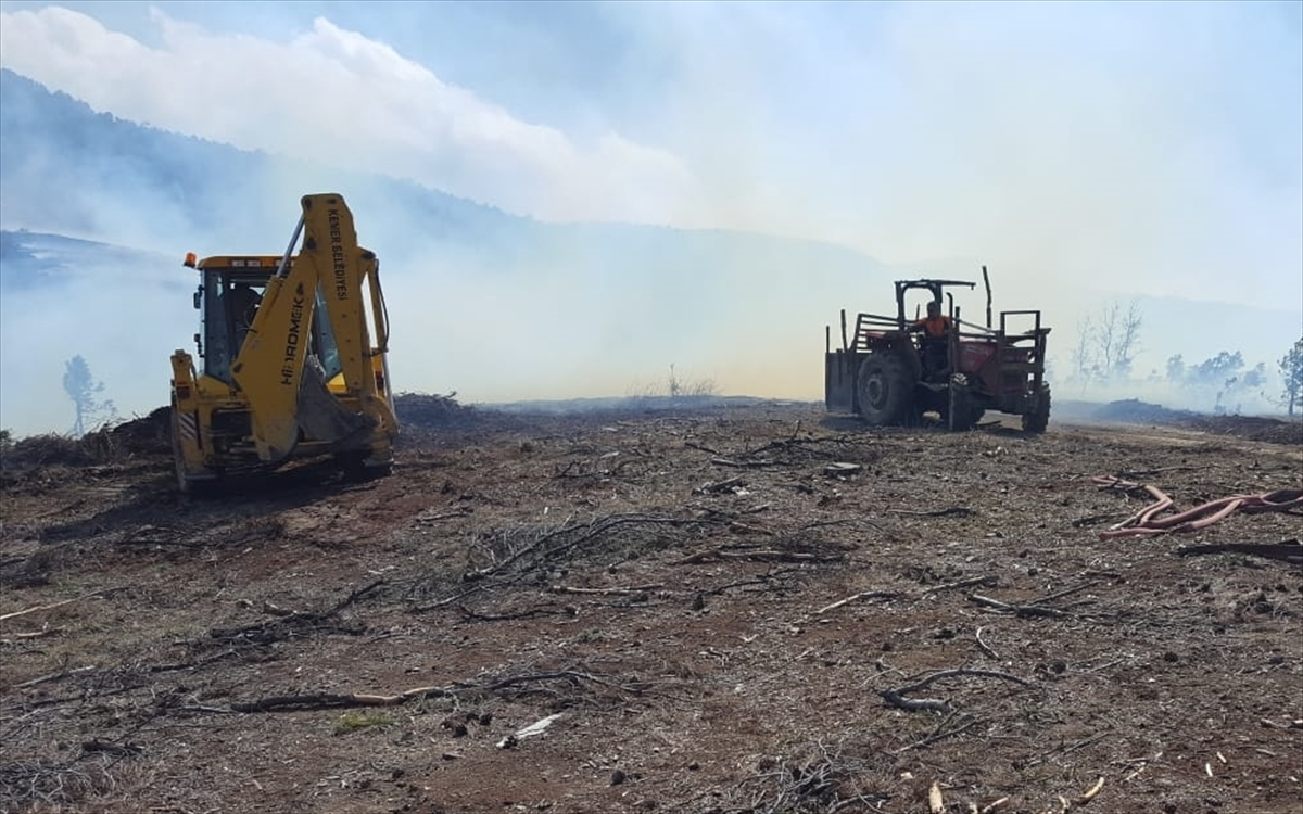 Burdur'da ağaç kesimi yapılan alanda çıkan yangın söndürüldü