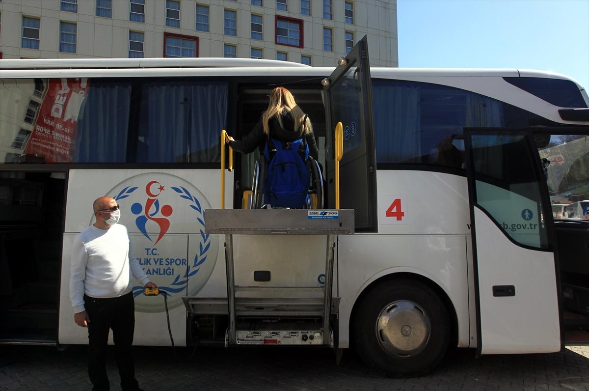 Milli sporcu Selin Şahin özel otobüsle evine gönderildi