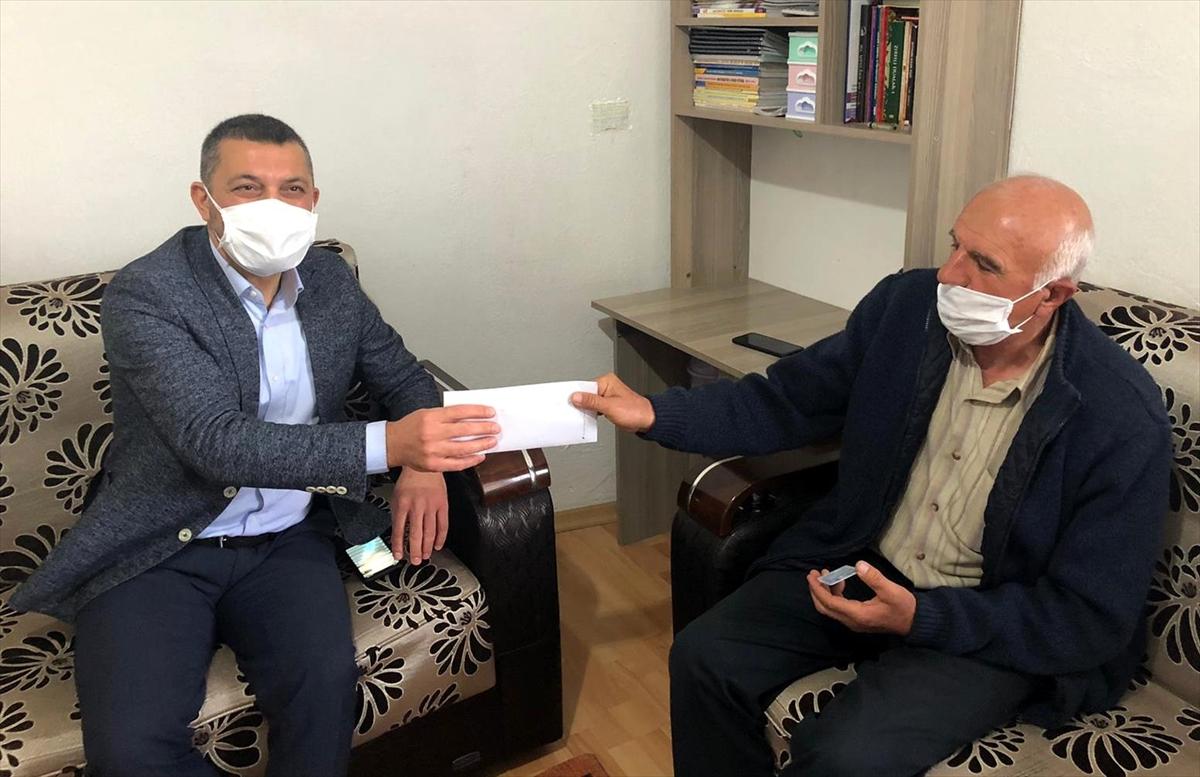 Nevşehir'de bir vatandaş 2 aylık emekli maaşını Milli Dayanışma Kampanyası'na bağışladı