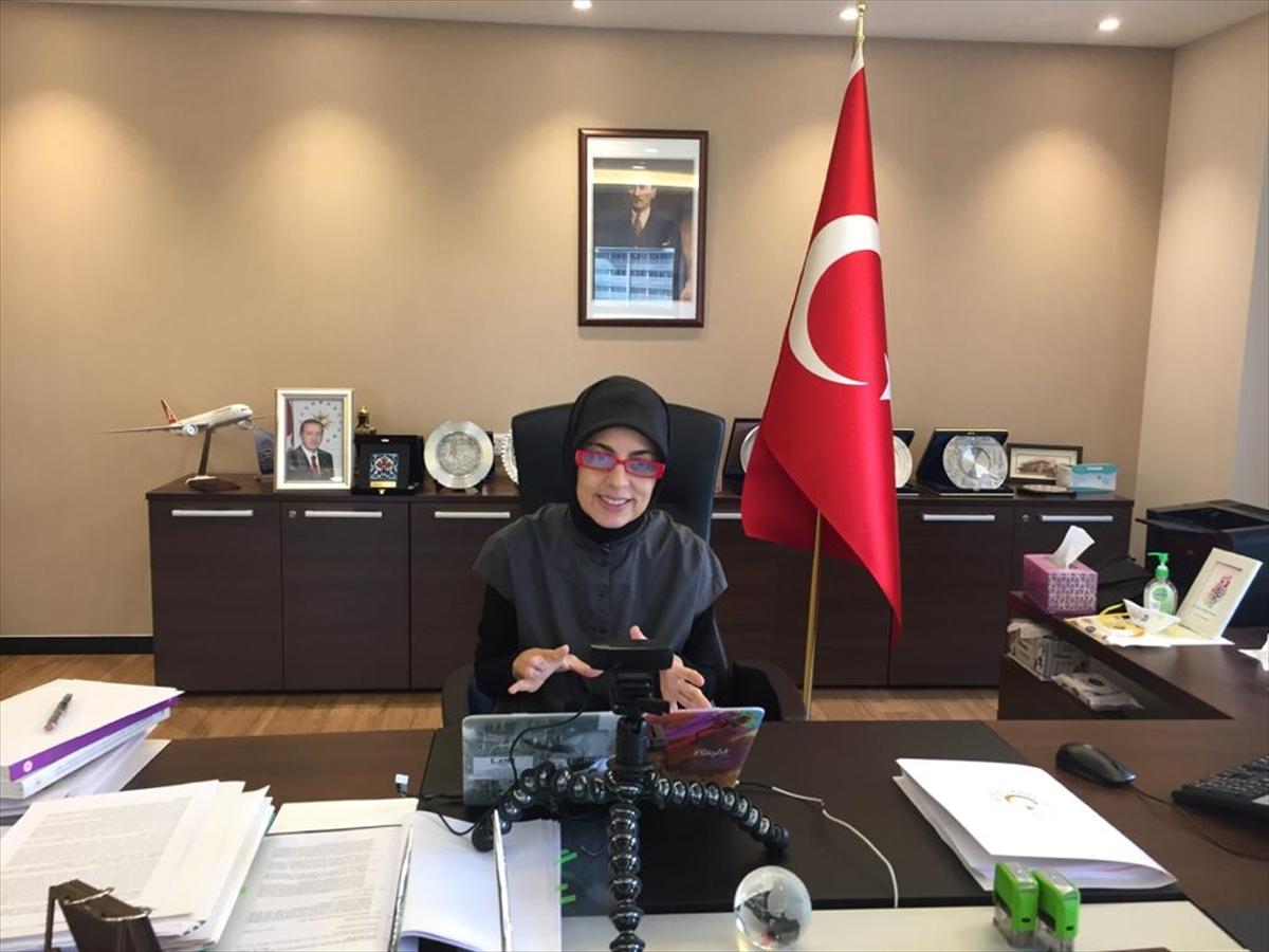 Büyükelçi Kavakcı, Türkiye'nin tıbbi yardımlarını Malezya medyasına anlattı: