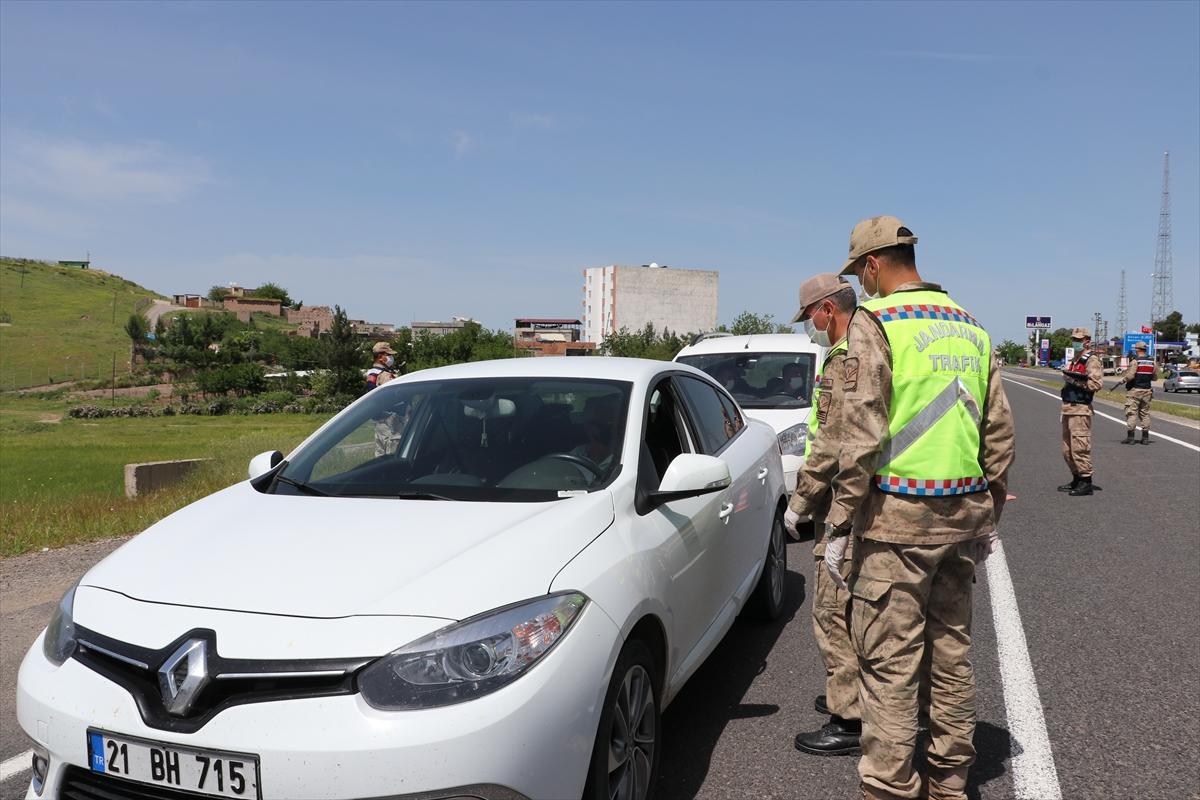 Diyarbakır'da jandarmadan Kovid-19 denetimi