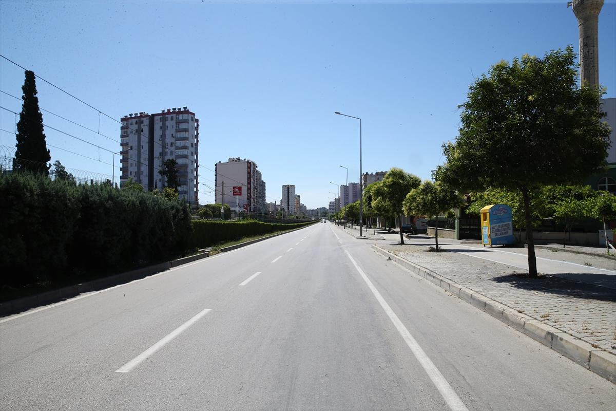 Doğu Akdeniz'de Ramazan Bayramı'nın son gününde sokaklar boş kaldı