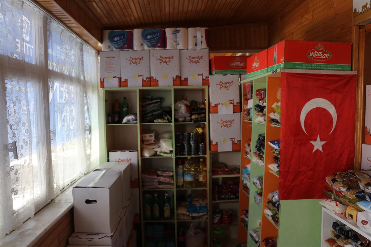 """Isparta'da imam caminin bir bölümünü """"hayır marketi""""ne dönüştürdü"""