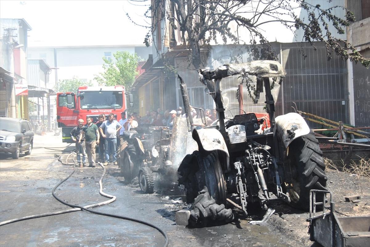 İzmir'de iş yerindeki yangında 3 traktör kullanılamaz hale geldi