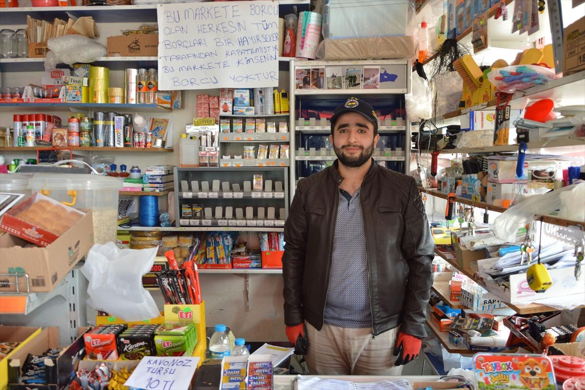 Samsun'da bir hayırsever iki bakkalın veresiye defterindeki yaklaşık 20 bin lira borcu ödedi