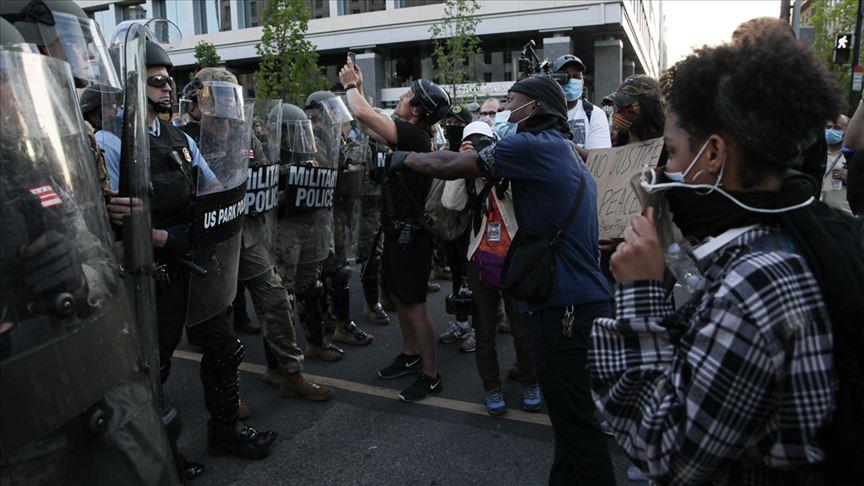 ABD'de ırkçılık karşıtı protestolar hak mücadelesi ile vandalizm arasında ruhunu arıyor