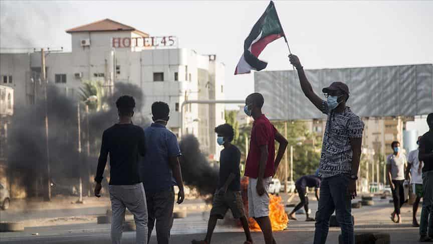 Sudan'ın 'Kırılgan' siyasi geleceği: Ekonomi politik ve toplumsal etkileşimler
