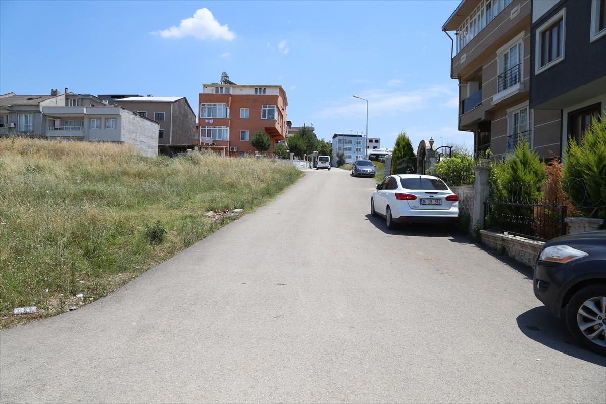 Bursa'da çöp kamyonunun çarptığı çocuk öldü, annesi yaralandı