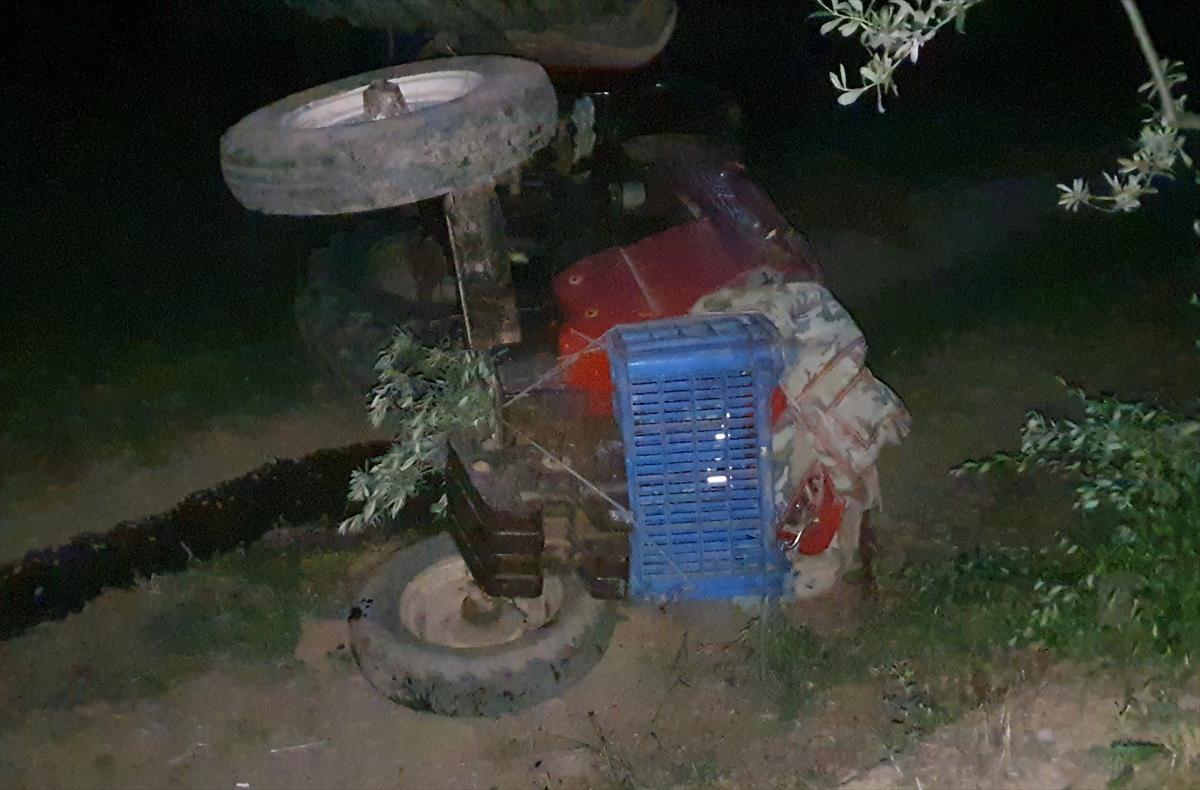 Bursa'da devrilen traktörün altında kalan sürücü yaşamını yitirdi