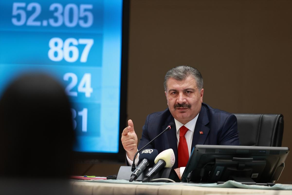 Sağlık Bakanı Koca, Koronavirüs Bilim Kurulu Toplantısı'nın ardından açıklamada bulundu: (1)