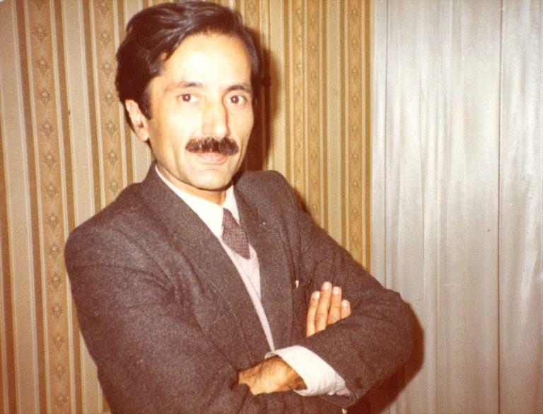 """RÖPORTAJ: """"Zarifoğlu çocukluğundan şiirine gidecek yolları bilen bir şairdir"""""""