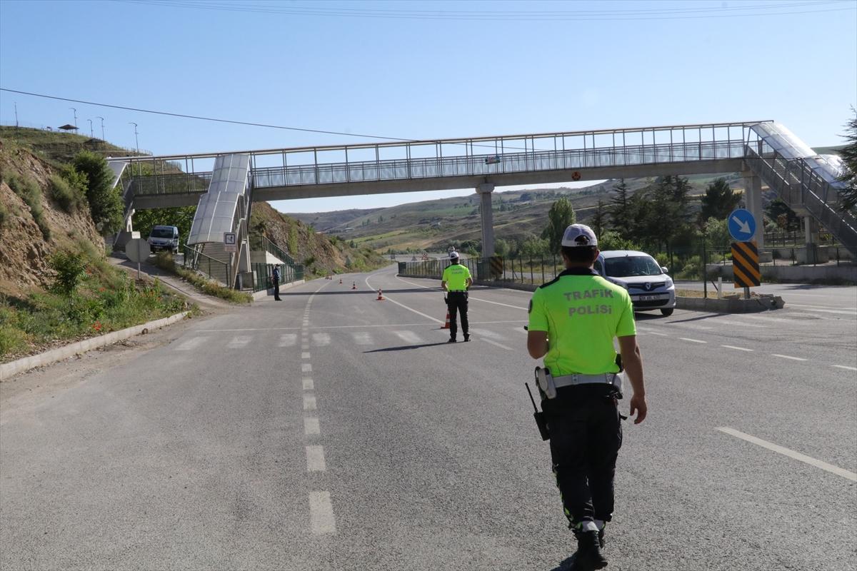 Yozgat'ta 50 ekiple trafik güvenliği uygulaması