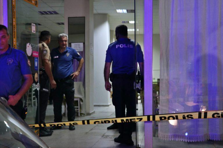 Adana'da kahvehanede silahlı saldırıya uğrayan kişi hayatını kaybetti