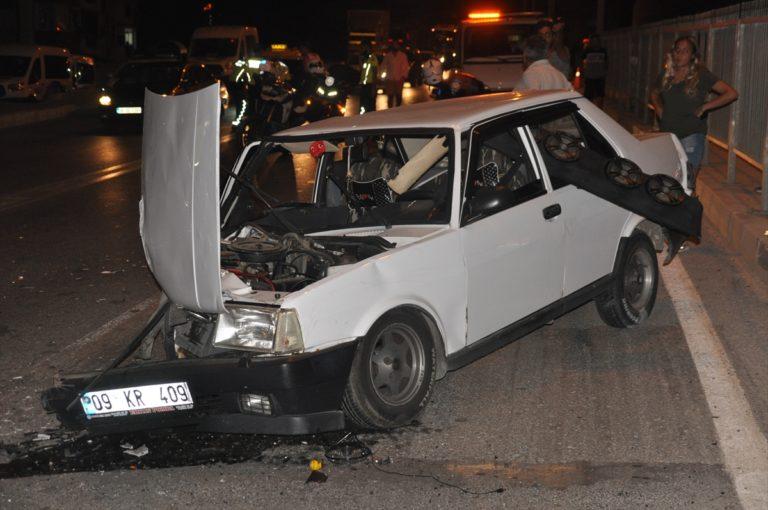 Aydın'da trafik kazasında aynı aileden 2'si bebek 4 kişi yaralandı