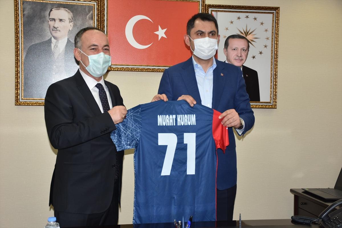 Çevre ve Şehircilik Bakanı Kurum, Kırıkkale Belediyesini ziyaret etti: