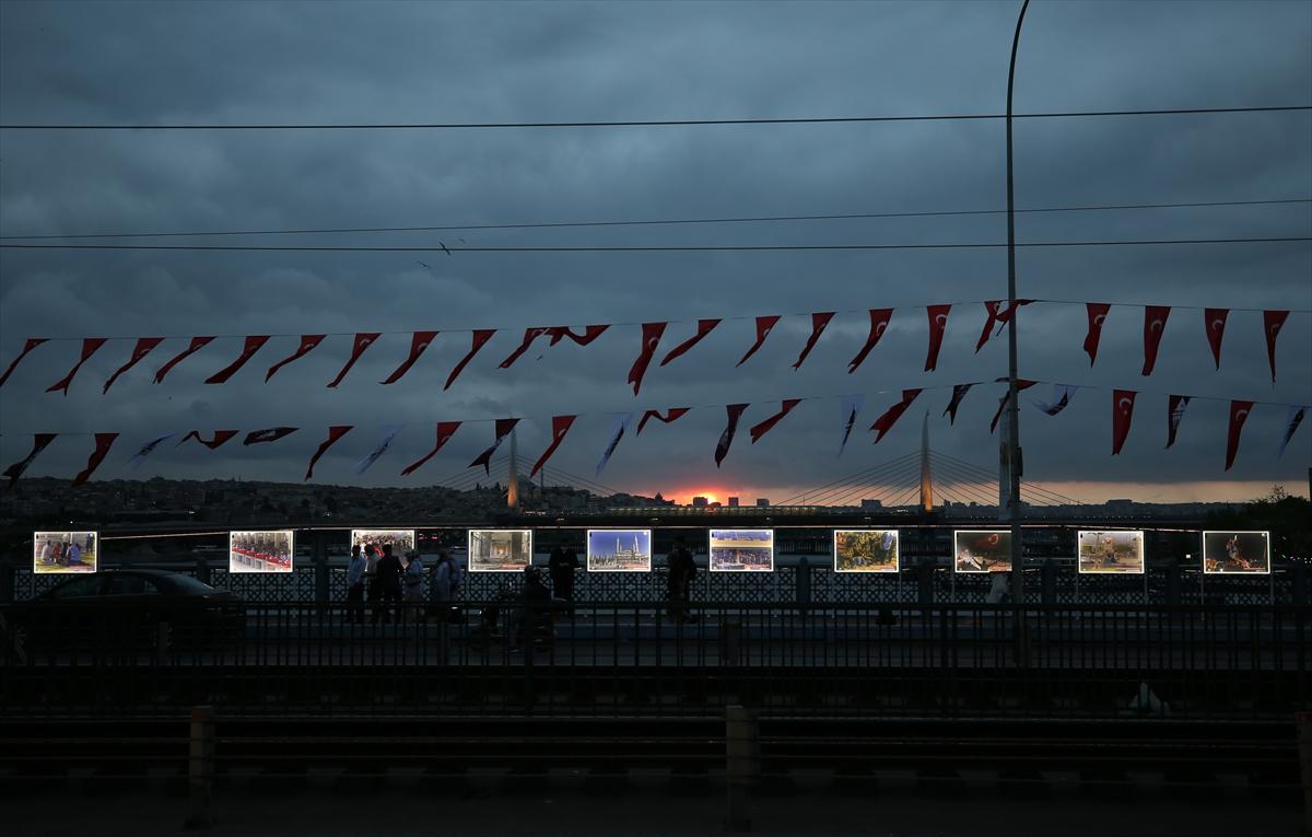 """Galata Köprüsü'nde """"15 Temmuz İstiklal Sergisi"""" açıldı"""