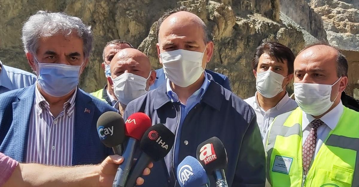İçişleri Bakanı Soylu, Artvin'deki sel bölgesinde incelemede bulundu: