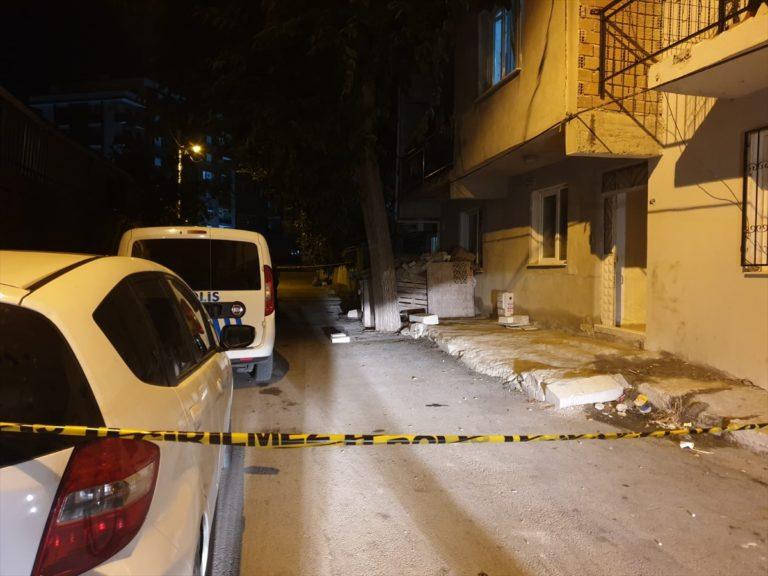 İzmir'de pompalı tüfekle vurulan kadın kurtarılamadı