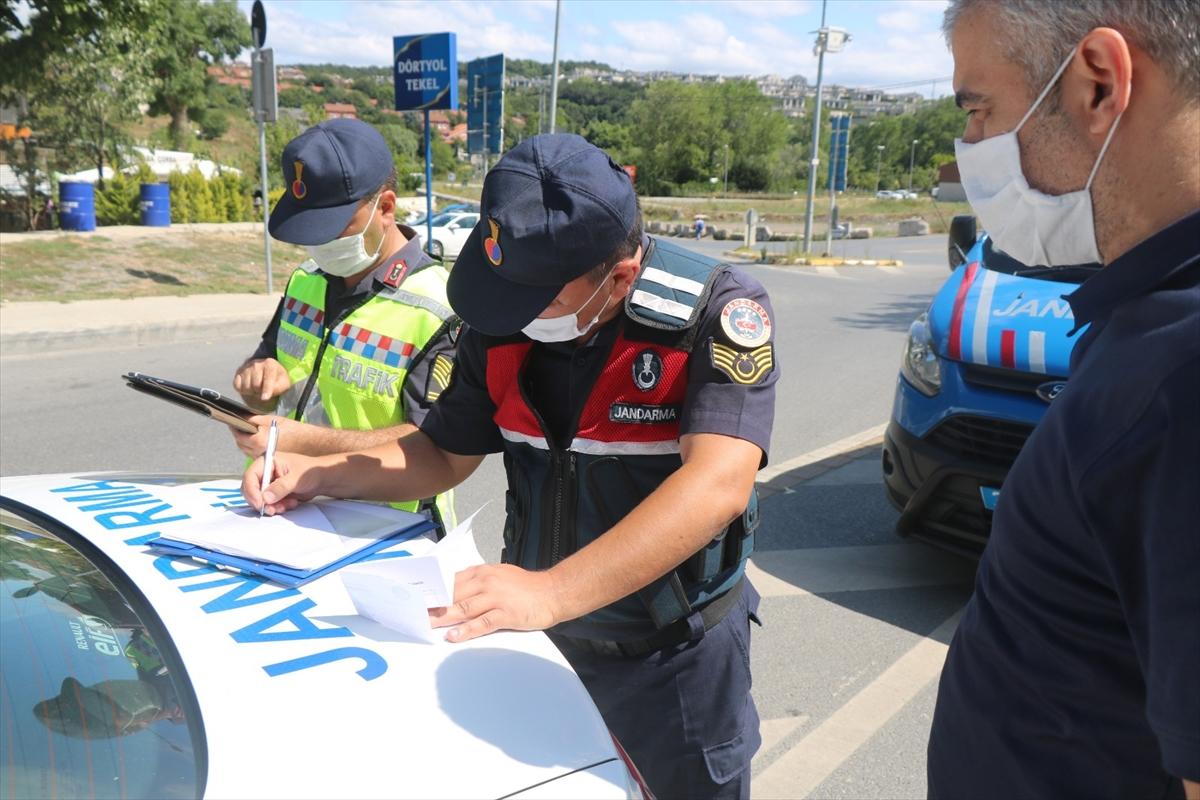 """Jandarma ekiplerinden toplu taşıma araçlarında """"koronavirüs"""" denetimi"""