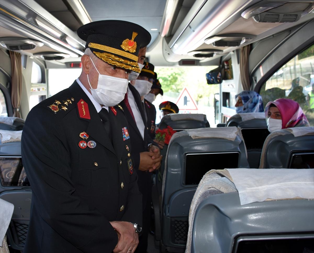 Jandarma Genel Komutanı Orgeneral Çetin, Kırıkkale'de trafik denetimine katıldı: