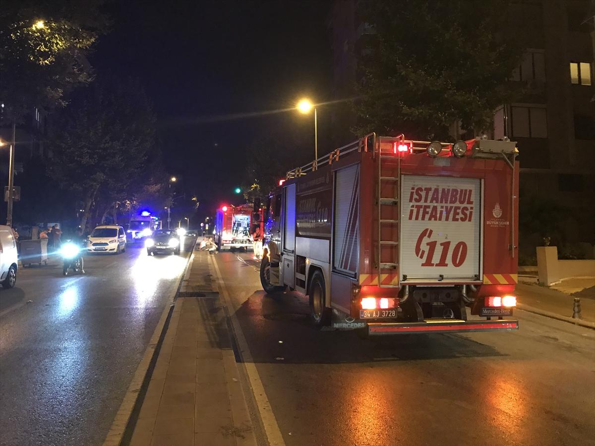 Ataşehir'de evde çıkan yangın söndürüldü