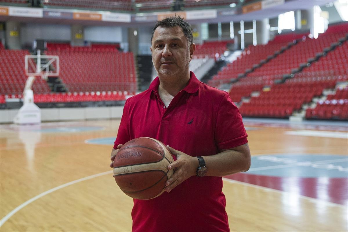 Bellona Kayseri Basketbol'un başantrenörü Ayhan Avcı, 14. sezonuna hazırlanıyor