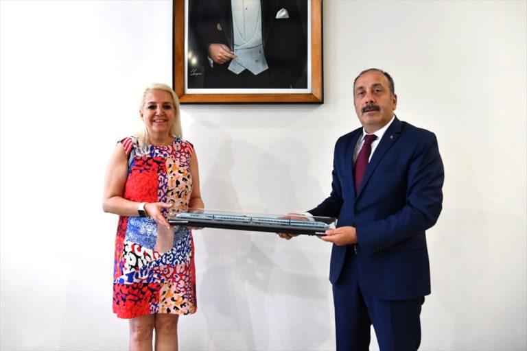 KARDEMİR Genel Müdür Vekili Özkara, TCDD Taşımacılık AŞ Genel Müdürü  Yazıcı'yı ağırladı