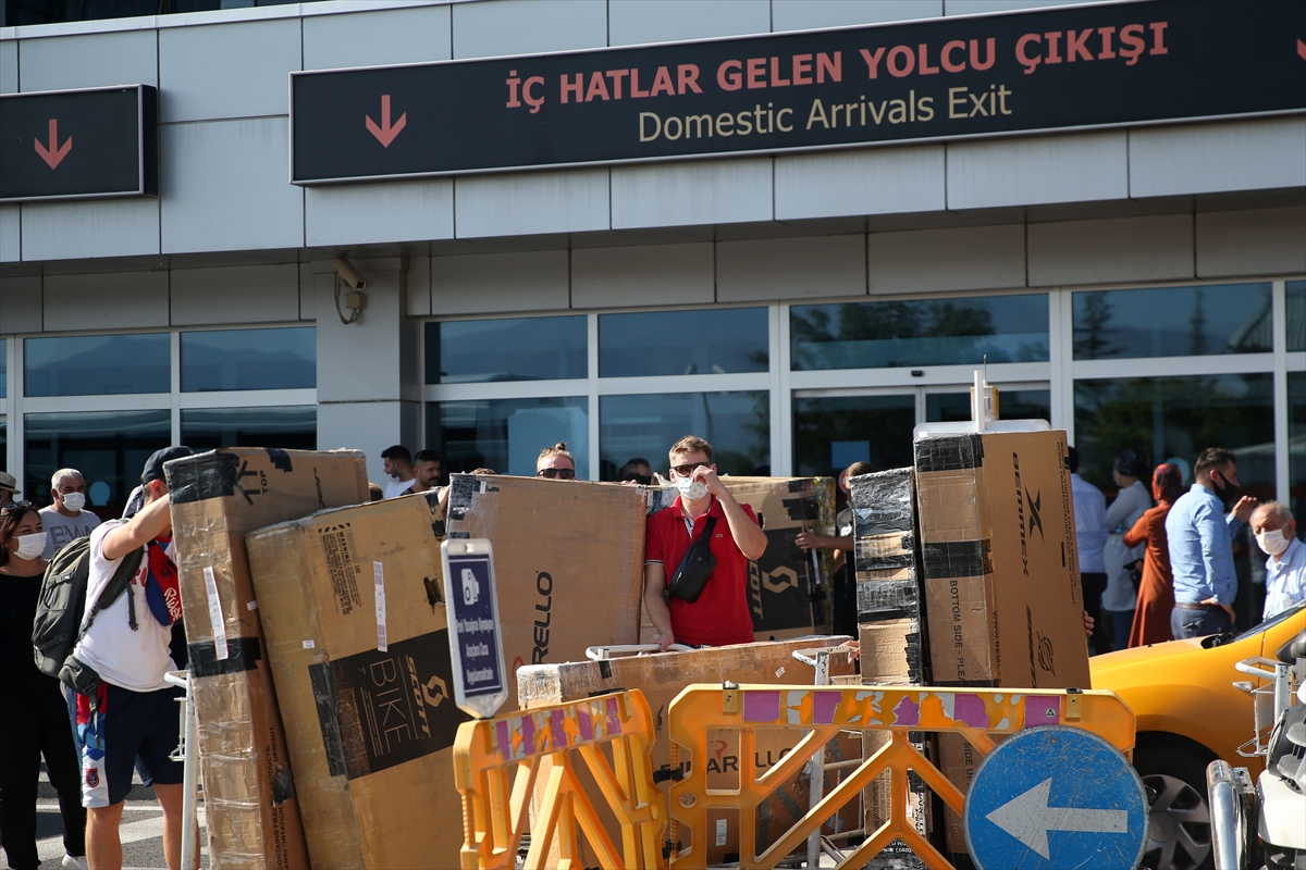 Rusya Bisiklet Milli Takımı, yüksek irtifa kampı için Erciyes'e geldi
