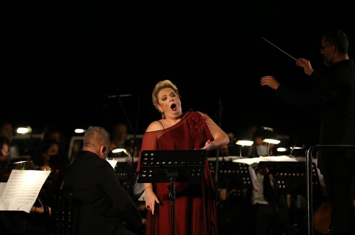 """""""11. Uluslararası İstanbul Opera Festivali"""" başladı"""