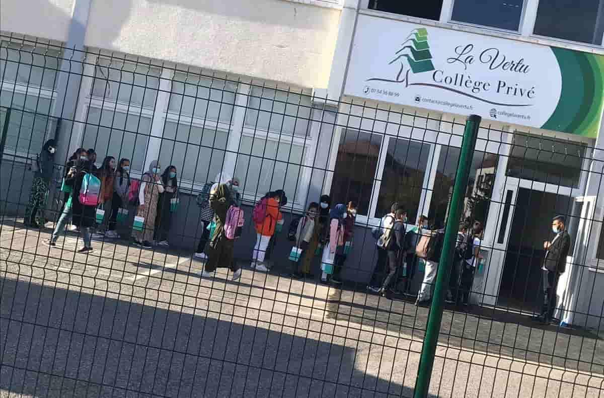 """Fransa Annecy'de """"La Vertu"""" koleji açıldı."""