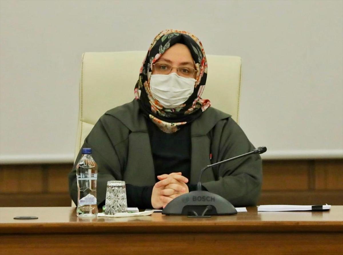 Aile, Çalışma ve Sosyal Hizmetler Bakanı Selçuk gazilerle buluştu: