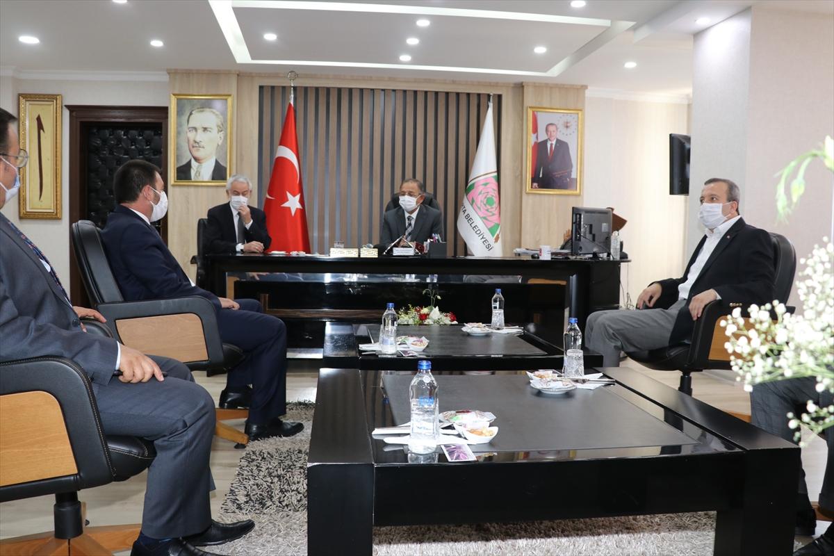 AK Parti Genel Başkan Yardımcısı Özhaseki Isparta'da: