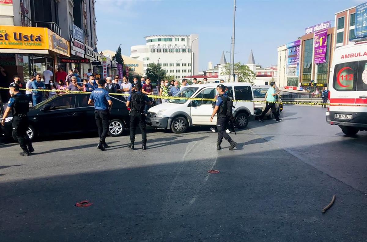 Esenyurt'ta taksi durağındaki silahlı kavgada 3 kişi yaralandı