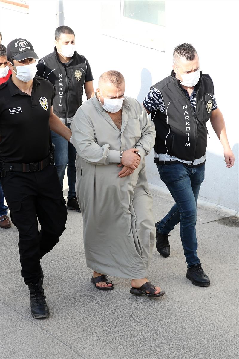 Adana merkezli uyuşturucu operasyonunda yakalanan 19 zanlıdan 5'i tutuklandı