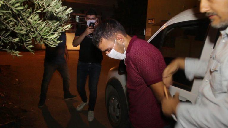Adana'da motosiklet hırsızı güvenlik kamerasından yakalandı