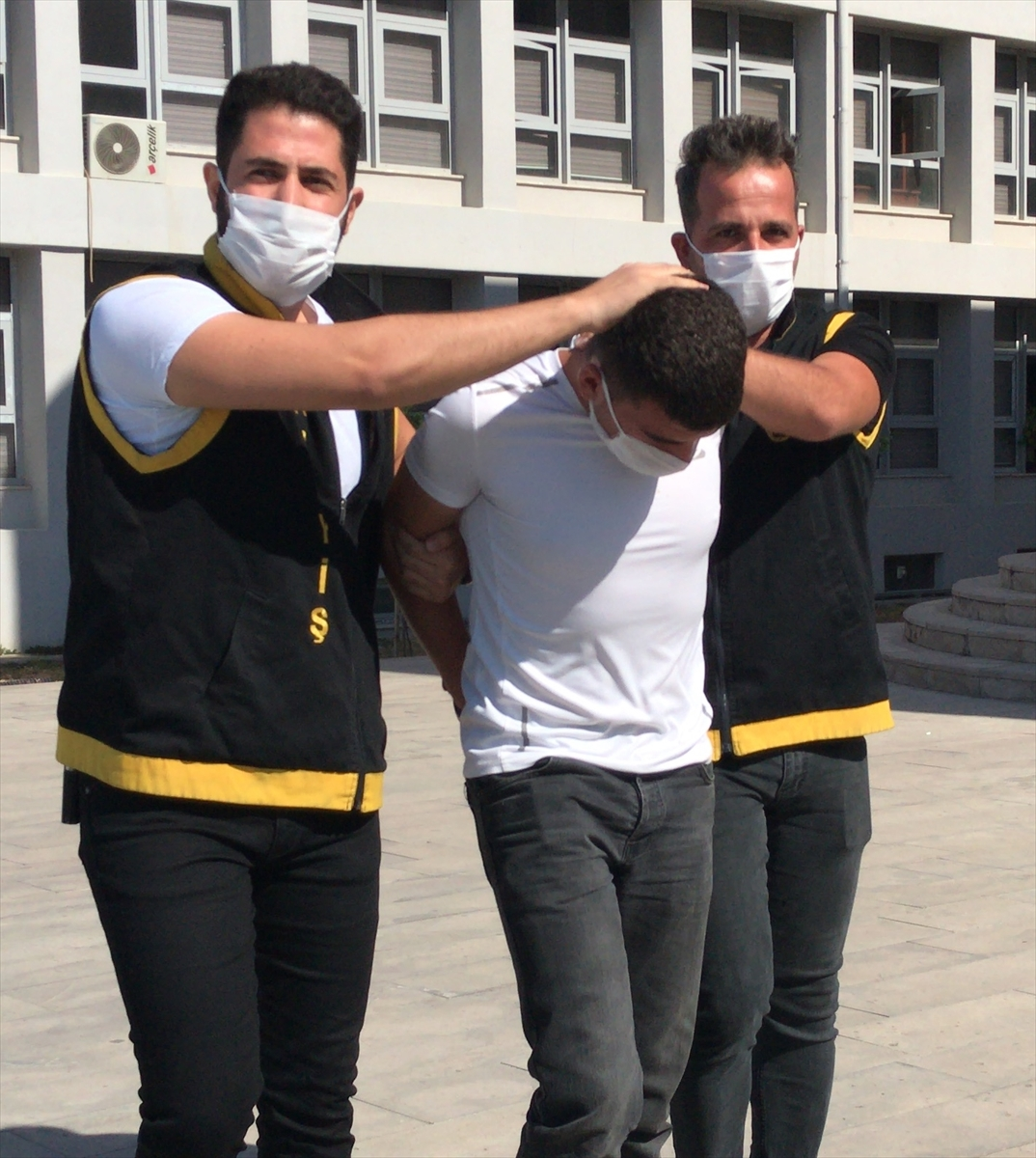 Adana'da silahlı market soygunu zanlısı tutuklandı
