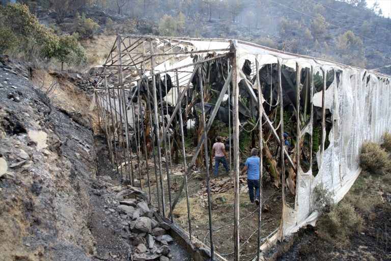 Anamur'daki yangından etkilenen vatandaşlar yaşadıklarını anlattı